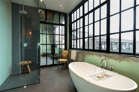loft industriel salle de bain seattle par crescent builds