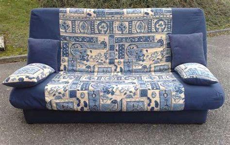 canapé lit d occasion canapé lit clic clac d 39 occasion bleu beige canapés lits
