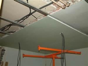 Pose D Un Faux Plafond En Ba13 : rail pour faux plafond maison travaux ~ Melissatoandfro.com Idées de Décoration