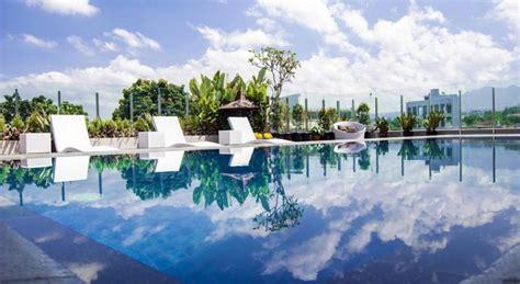 hotel  bandung  kolam renang cantik tarif