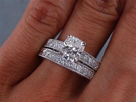 2 24 ctw cushion cut wedding ring d vs2 includes a matching wedding ring