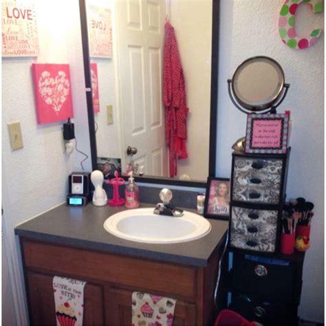 dorm bathroom ideas hacks diy dorm bathroom decor