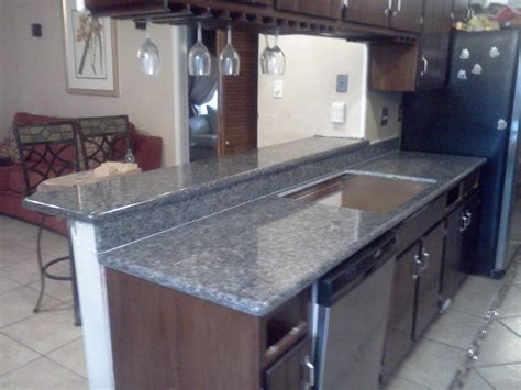 KITCHEN STYLE: Blue Pearl Granite Countertop, Blue Pearl