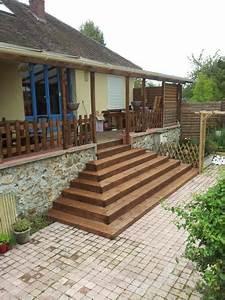 Bois Pour Terrasse Extérieure : marche lame de terrasse 3 ~ Dailycaller-alerts.com Idées de Décoration