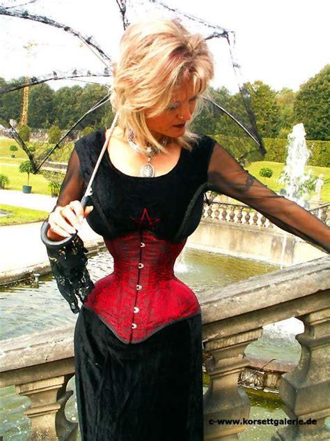 pin  corsets