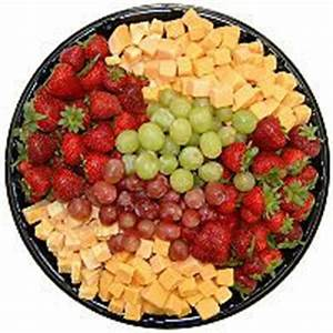 Seasonal Fruit Tray - 4 lbs. - Sam's Club | Party Ideas ...
