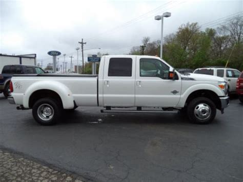 find   ford  lariat super duty