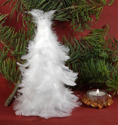 weihnachtsbaum federn weihnachtsbaum wei 223 federn tischdeko tannenbaum ca 20 cm hoch ebay