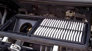 Cara Membuka Cover Filter Udara Pada Ayla N Agya