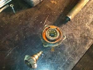 1945 John Deere B Fan-shaft Help N