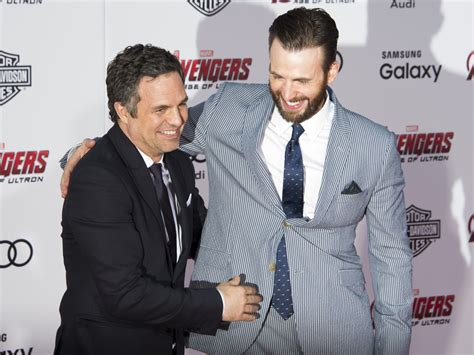 Mark Ruffalo reaches out to 'Avengers' co-star Chris Evans ...