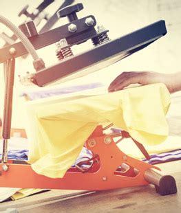 Textilien Färben Lassen by T Shirt Bedrucken Lassen Jetzt Kontaktieren Schnell