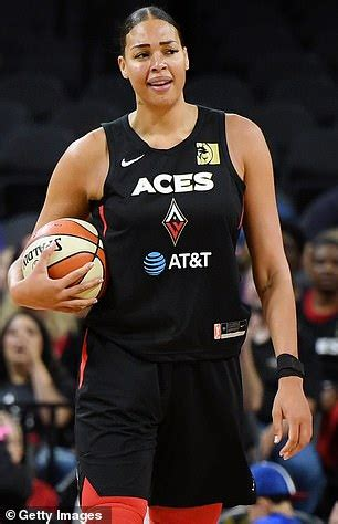 Elizabeth liz cambage (born 18 august 1991) is an australian professional basketball player who plays cambage was born on 18 august 1991 in london to a nigerian father and australian mother. Liz Cambage rants about 'uneducated' social media ...