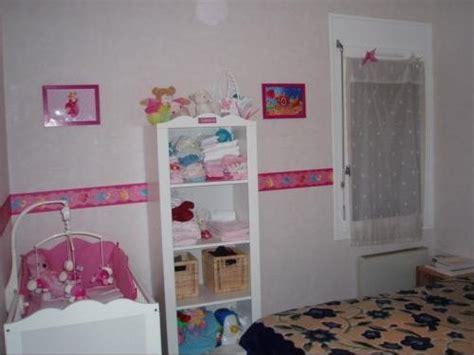 aménager chambre bébé dans chambre parents exemple aménagement chambre bébé dans chambre des parents