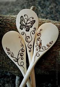 Holzarbeiten Mit Kindern Vorlagen : butterfly spoons t pfern holz gravieren kunst brandmalerei und holzl ffel ~ Watch28wear.com Haus und Dekorationen