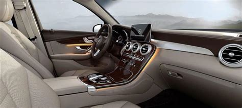 Choose the color, wheels, interior, accessories and more. 2019 Mercedes-Benz GLC 300 SUV Interior: Dimensions, Features