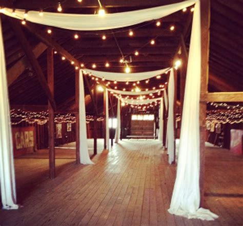 inspiring rustic wedding decorations ideas on a budget 46