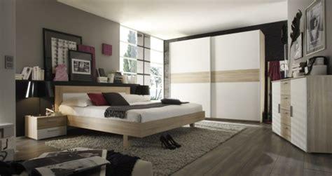 cadre pour chambre adulte cadres decoratifs pour chambre adulte palzon com