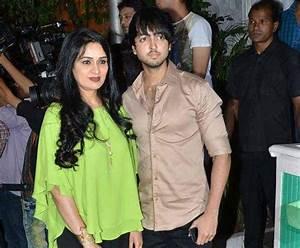 Padmini Kolhapure's son Priyank Sharma all set for his ...