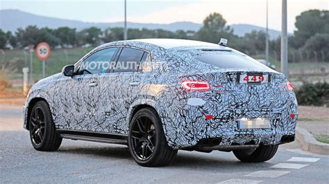 Gallery of 62 high resolution images and press release information. 2021 Mercedes-AMG GLE53 Coupe spy shots