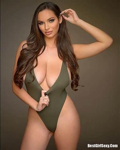 Lynn Mary Neil Bikini Boobs Bra Huge