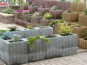 Beton Pflanzkübel Als Mauer : pflanzringe setzen 20 tipps f r terrassierte gartengestaltung ~ Udekor.club Haus und Dekorationen