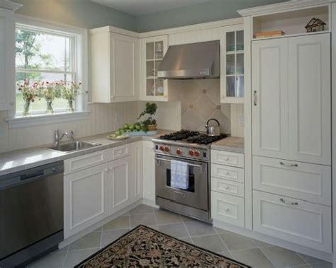 Decorating Modest Kitchens: Ideas & Inspiraton