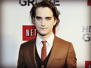 Hemlock Grove spoilers: Landon Liboiron hints someone's ...