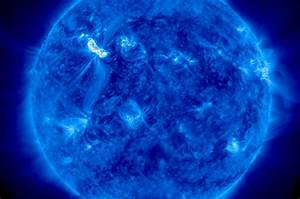 Biggest Solar Storm in Years Bombarding Earth Now | Solar ...