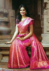 hire wedding dress 9 trendy kanchipuram bridal silk sarees for your big day