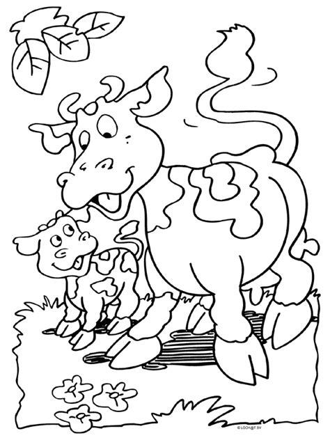 Kleurplaat Koe Melken by Kleurplaat Boerderijdieren Met Trekker Koeien Melken