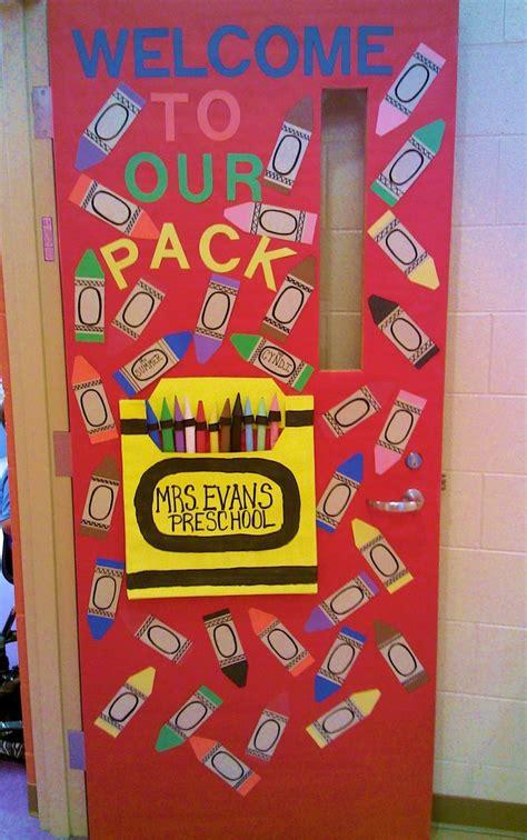 best 25 preschool door ideas on preschool 234   c4fbf0b6125fc0f7d06f65842c448028 preschool open houses preschool classroom