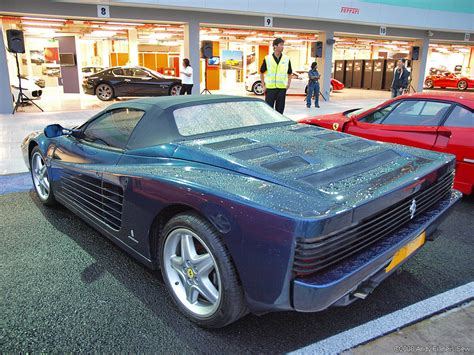 The front grill is more rectangular in shape. Ferrari F512 TR Spider