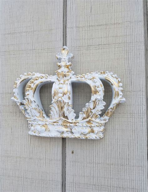 molding and trim the 25 best crown wall decor ideas on wall
