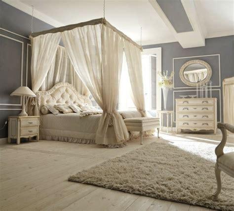 chambre avec lit baldaquin déco chambre lit baldaquin