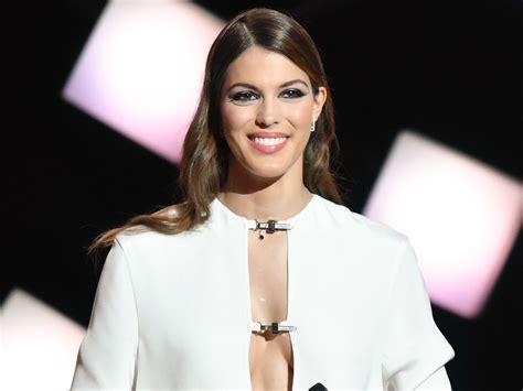 Iris Mittenaere  Miss Univers Devient Animatrice Pour Tf1