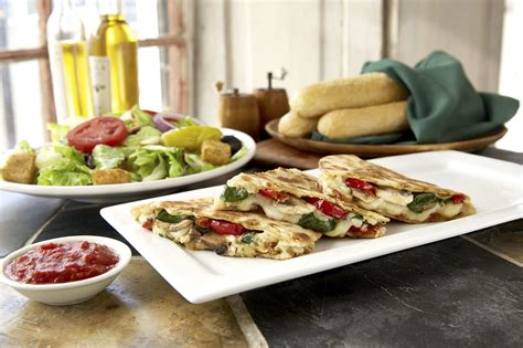 olive garden us 19 olive garden announces catering delivery crossroads today