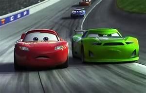 Vidéo De Cars 3 : cars 3 movie review film racket movie reviews ~ Medecine-chirurgie-esthetiques.com Avis de Voitures