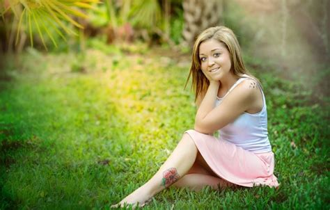 18 Year Old Florida Teen Kaitlyn Hunt Arrested And