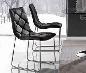 Chaise En Cuir Noir : lot de 2 chaises giada en simili cuir noir pietement chrome ~ Teatrodelosmanantiales.com Idées de Décoration