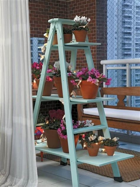 cycled ladder shelves display ideas
