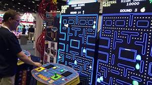 World's Largest PAC-MAN Game Sports Whopping 108″ Screen ...