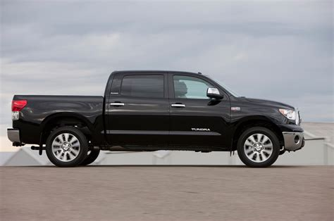 toyota tundra 2013 toyota tundra reviews and rating motor trend