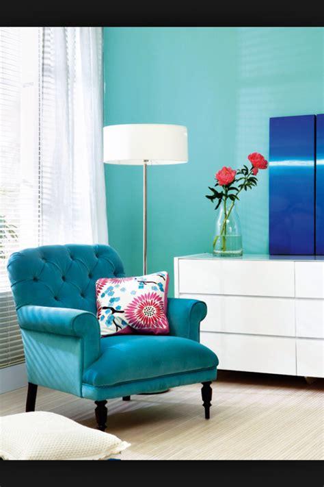 sofa turquesa sala poltrona azul turquesa para a sala sala decoraci 243 n en