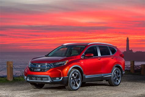 honda crv pictures 2018 honda cr v pros and cons 187 autoguide news