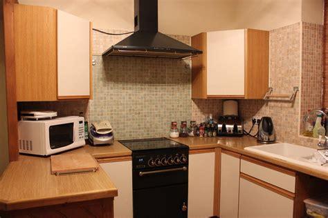 cuisine avec piano de cuisson ventilation cuisinière à gaz quelles normes gazissimo