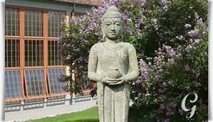 Buddha Statue Im Garten : stehende budda skulptur als naturstein unikat joshita ~ Bigdaddyawards.com Haus und Dekorationen