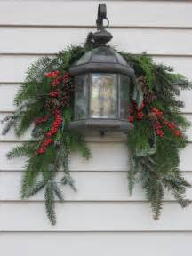Outdoor Christmas Light Swags