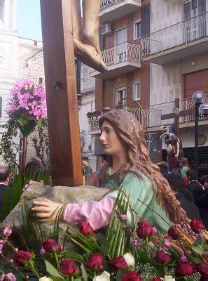 ai piedi della croce testo la settimana santa a valenzano ba 35 la maddalena ai