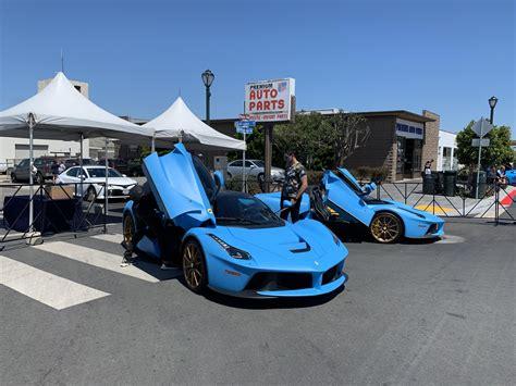 Some blue LaFerraris at MCW : Autos